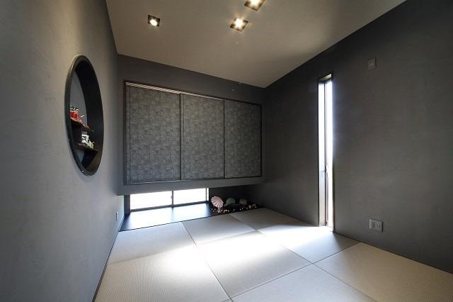 シックでかっこよいモダンな和室
